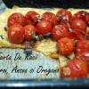 Tartă de roșii cu anșoa, oregano și usturoi copt