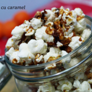 Povestea unei porții de popcorn cu caramel. Plus rețeta. (Plus video)