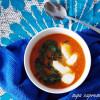 Supă caprese cu roșii și spanac