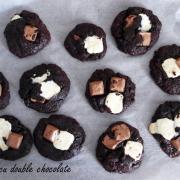 Fursecuri cu ciocolată albă și ciocolată cu lapte