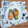 Cheap clean January: Avocado umplut cu somon afumat și ou