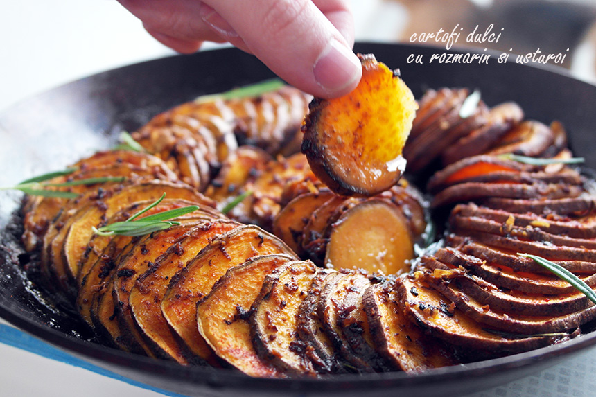cartofi dulci cu rozmarin si usturoi
